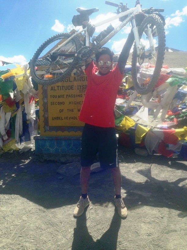 Conquering Your Fears, Gaining Yourself : Manali - Khardung La Cycling Expedition
