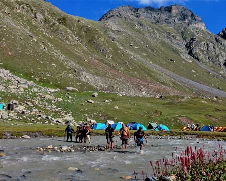 Hampta Pass - connecting the two heavens !
