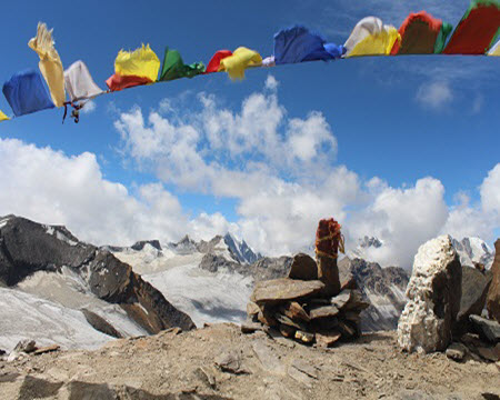 Pin Parvati Pass : Witness the transitions not only in landscapes but in Cultures too !