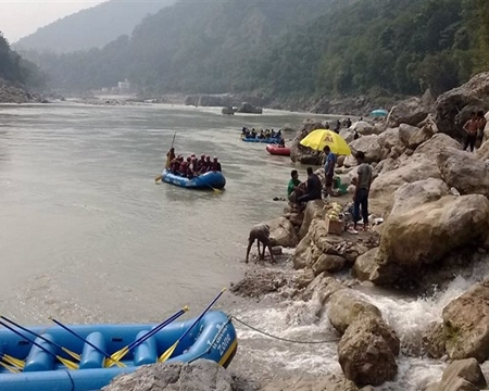 Rishikesh- The land of Scenic beauty and Sadhus