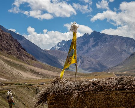 A beautiful marriage of two soulful valleys: Pin Parvati Pass
