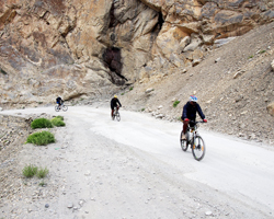 FAQs - Manali Leh Cycle Expedition