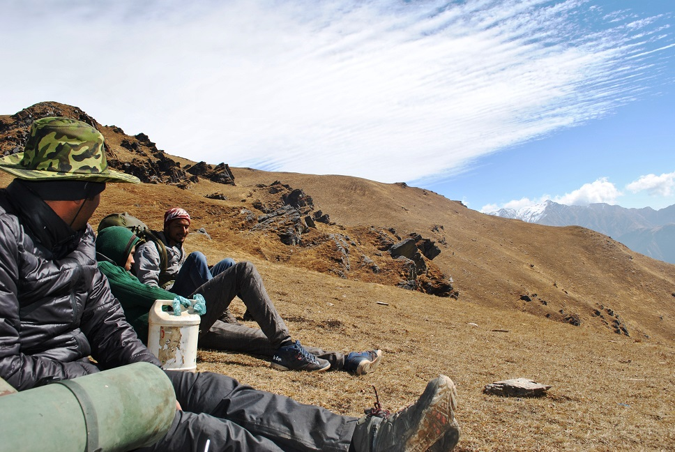 Days Of Solitude, A Could Have Been Bear & The Mystery Lake - Roopkund Trek !